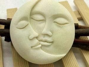Jabón sol y luna